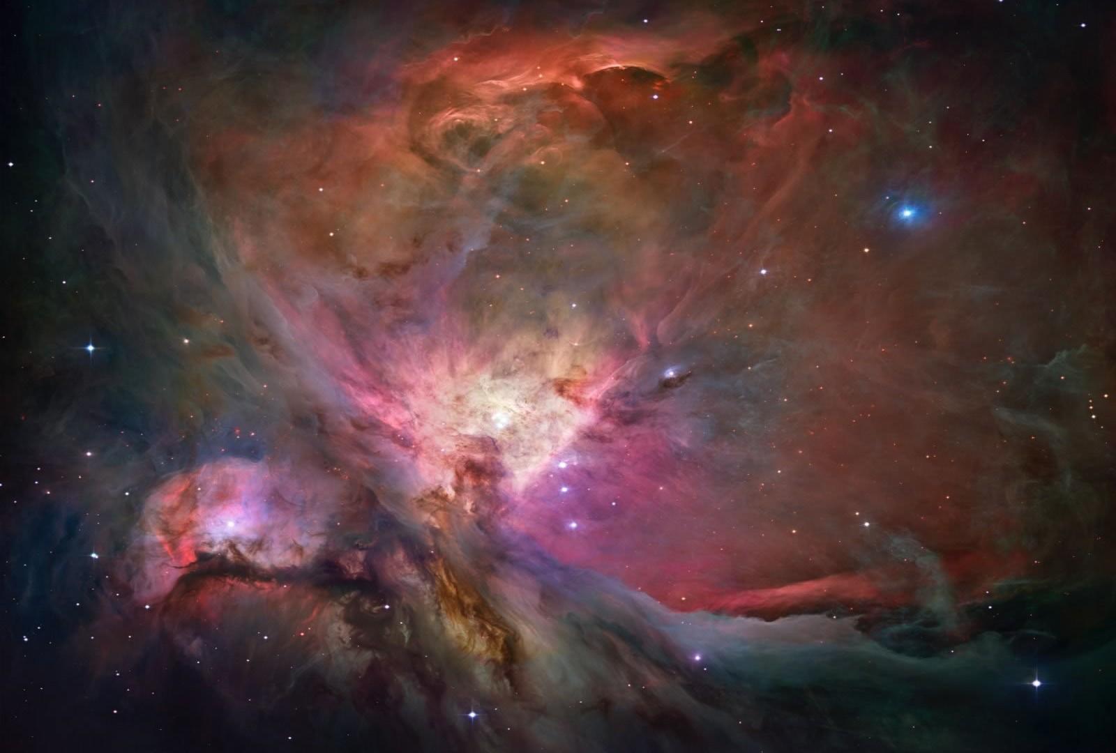 orion-nebula-hubble-2006-mosaic-1600 (1)